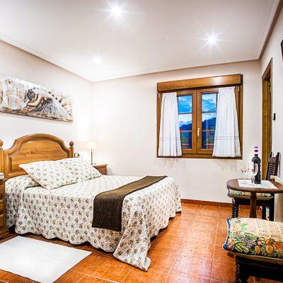Habitaciones equipadas con televisión y conexión wifi