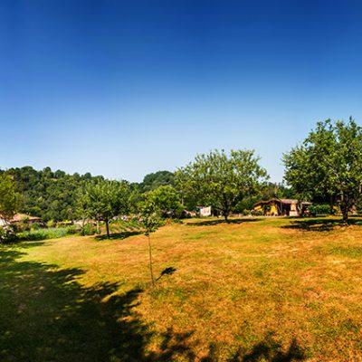 Jardín para disfrutar el paisaje y jugar en libertad