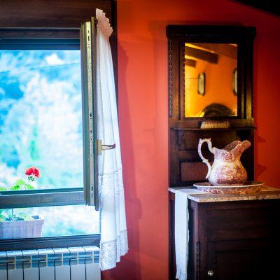 El frescor y el aire puro de las praderías visitan la ventana de cada habitación